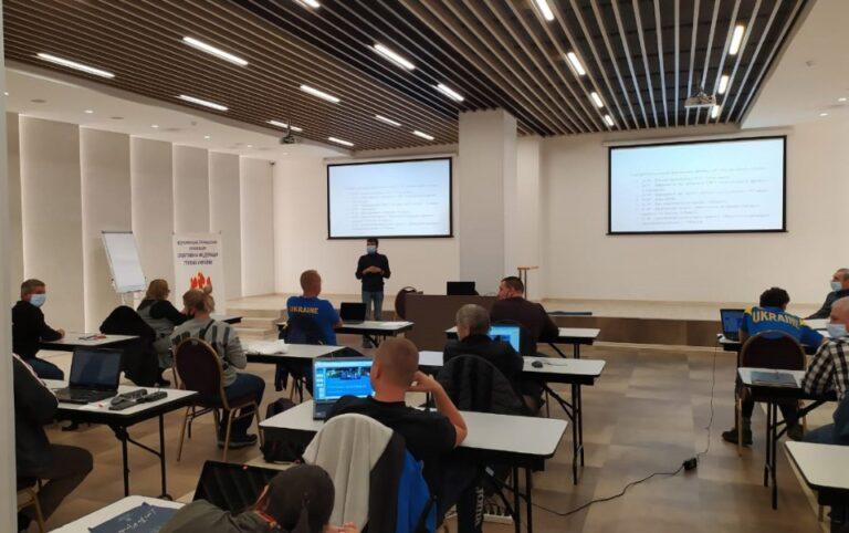 Практичний тренінг з ІТ для виконавців та технічних представників